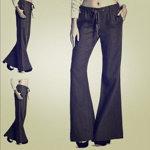 GUESS BY MARCIANO LEAUCA FLARE-LEG LINEN Pants